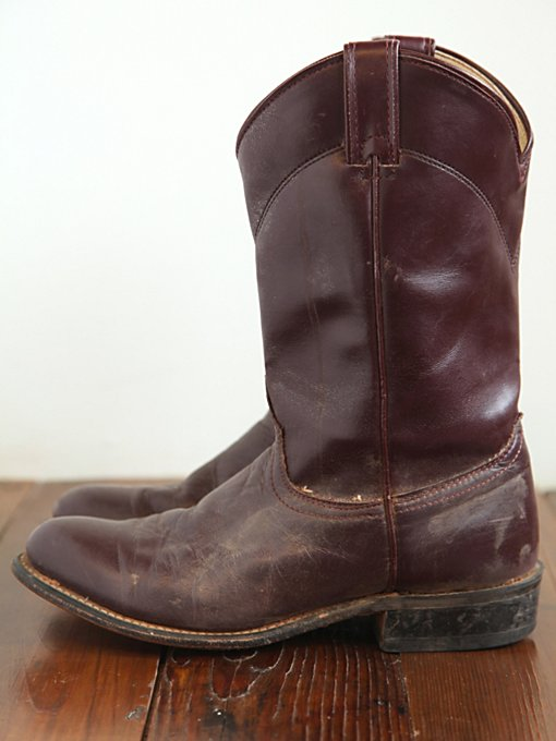 Vintage Round Toe Western Boot in vintage-shoes