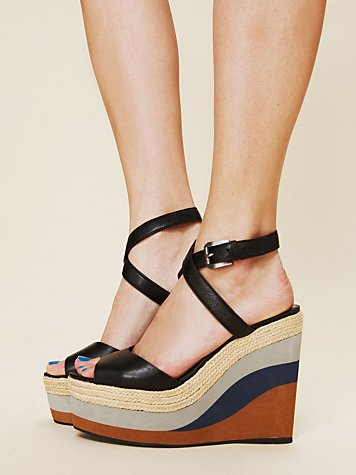 Pelle Moda Moda Two Tone Wedge