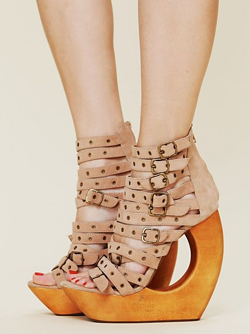 Rockley Cut Out Wedge