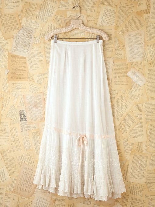 Free People Vintage Long Lace Skirt in vintage-skirts