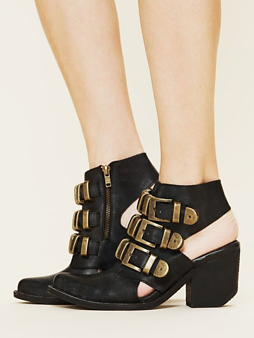 Tripoli Buckle Boot