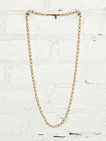 Free People Vintage Miriam Haskell Pearl Necklace