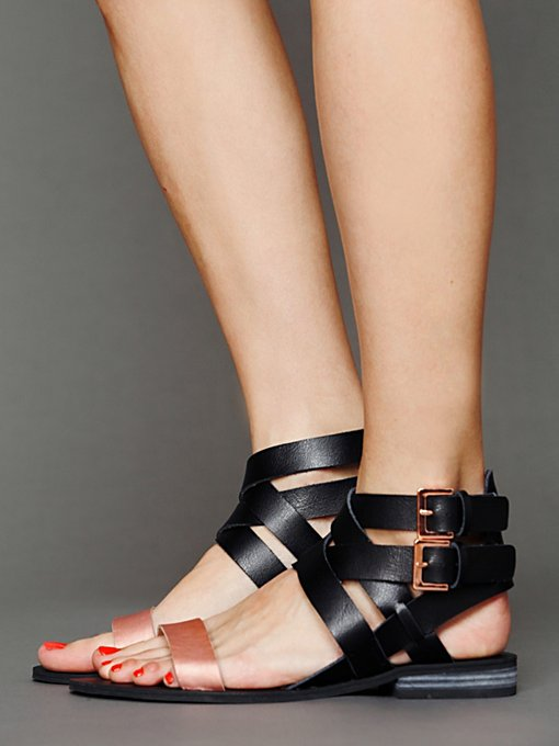 Alex Sandal in endless-summer-shoes