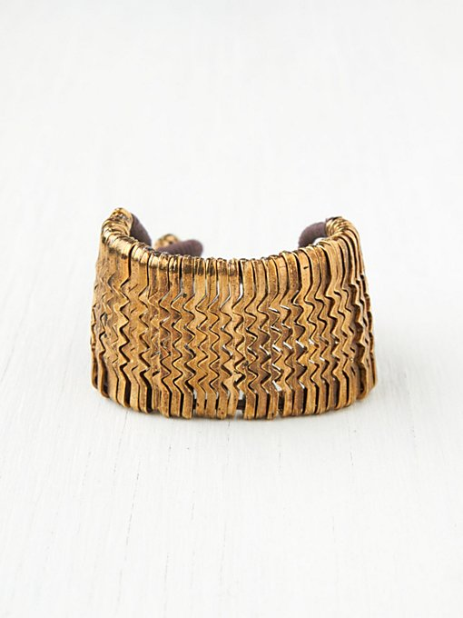 Metal Zig Zag Bracelet in beach-jewelry