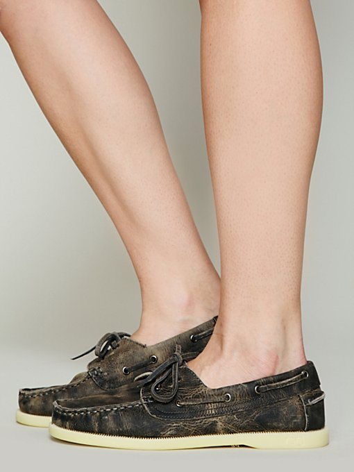 Mainland Distress Boatshoe in flats-loafers