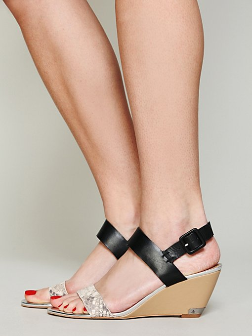 Sam Edelman Latitude Mini Wedge in black-wedge-sandals