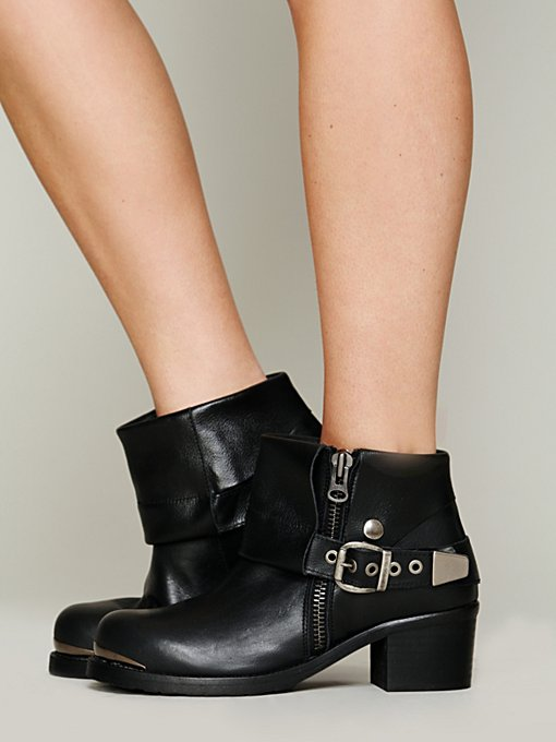Daymoto Ankle Boot in shoes-all-shoe-styles