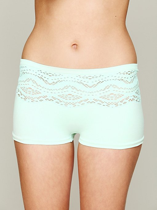 Intimately Cutout Seamless Undie in boy-shorts