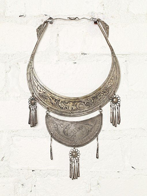 Free People Vintage Metal Plate Necklace in Vintage-Jewelry