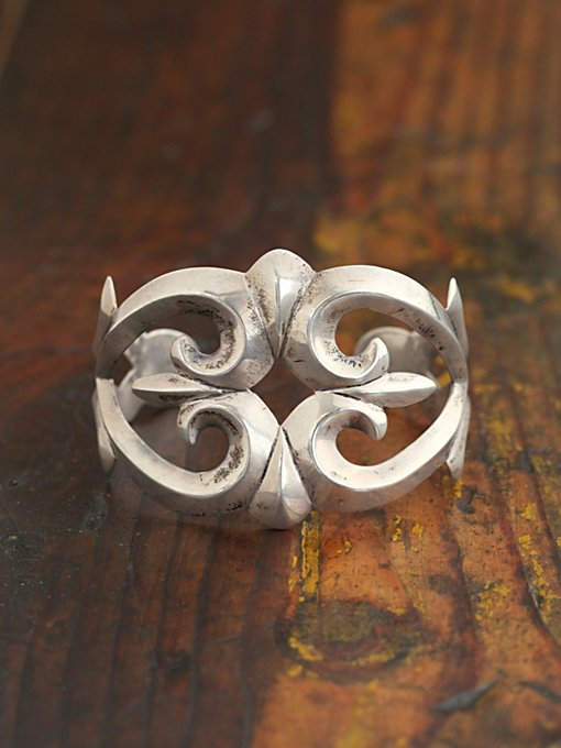 Free People Vintage Silver Cuff Bracelet in Vintage-Jewelry