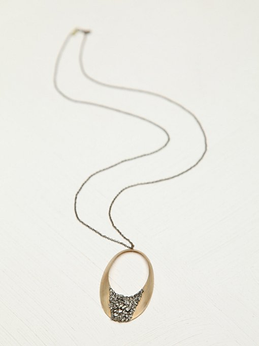 Marly Moretti Stone Topped Circle Necklace in necklaces